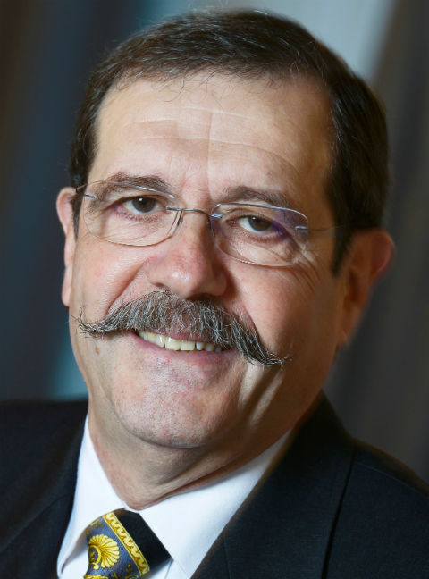 Professor Alain Aspect