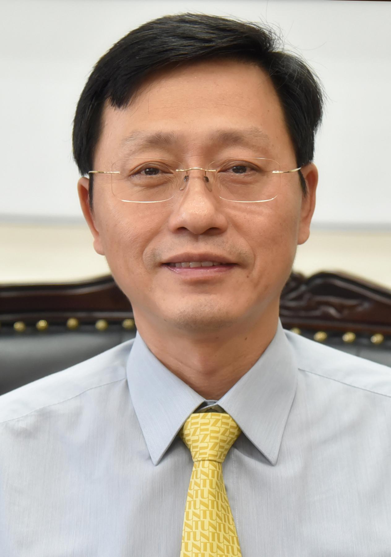 Professor Tai-Wei Kuo